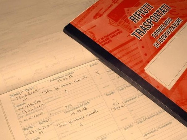 Abbandona il registro di carico e scarico cartaceo